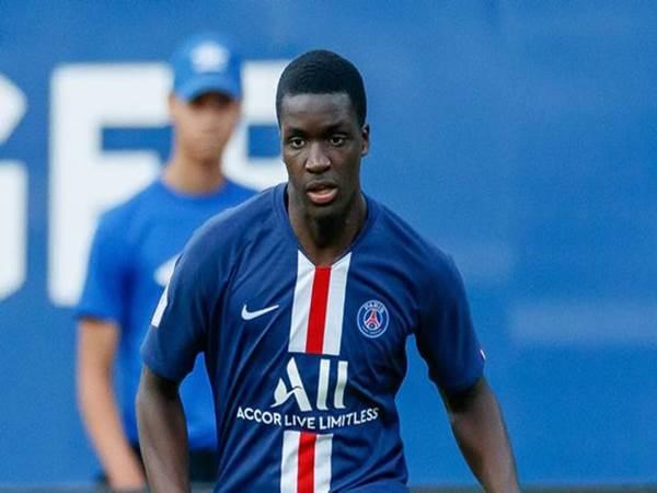 Stanley Nsoki, hậu vệ cánh trái tài năng của CLB PSG.