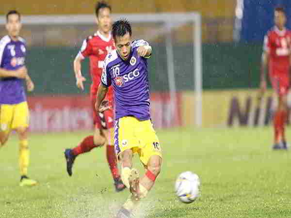 Hà Nội FC chiếm ưu thế trong trận đấu cuối cùng với Bình Dương