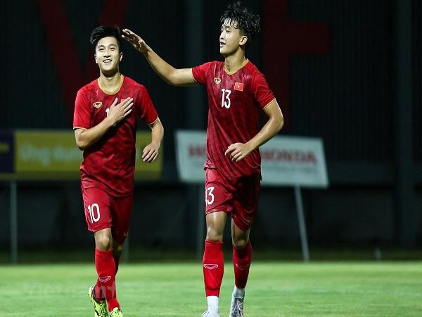 Martin Lò bất ngờ bị loại trong trận U22 Việt Nam đấu Trung Quốc