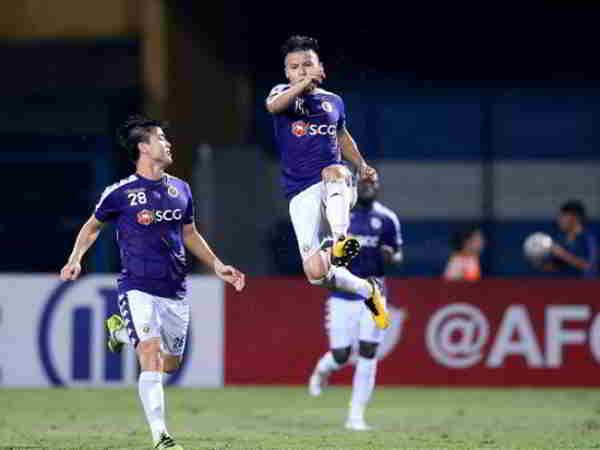 Quang Hải tỏa sáng giúp Hà Nội FC thắng kịch tính 3-2