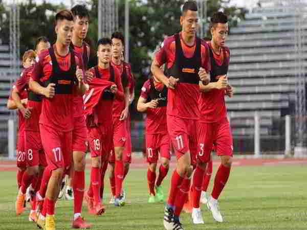 Tin bóng đá Việt 4-9: HLV Park Hang Seo chốt danh sách cầu thủ trong trận gặp Thái Lan