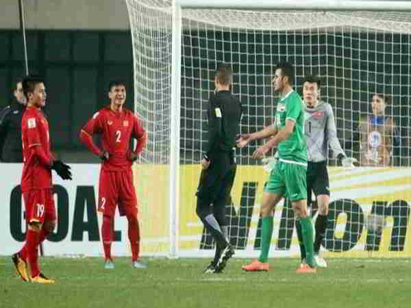 Tin bóng đá Việt 3-9: Trọng tài Qatar điều khiển trận Việt Nam gặp Thái Lan